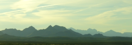 jagged ridges near Las Cruces