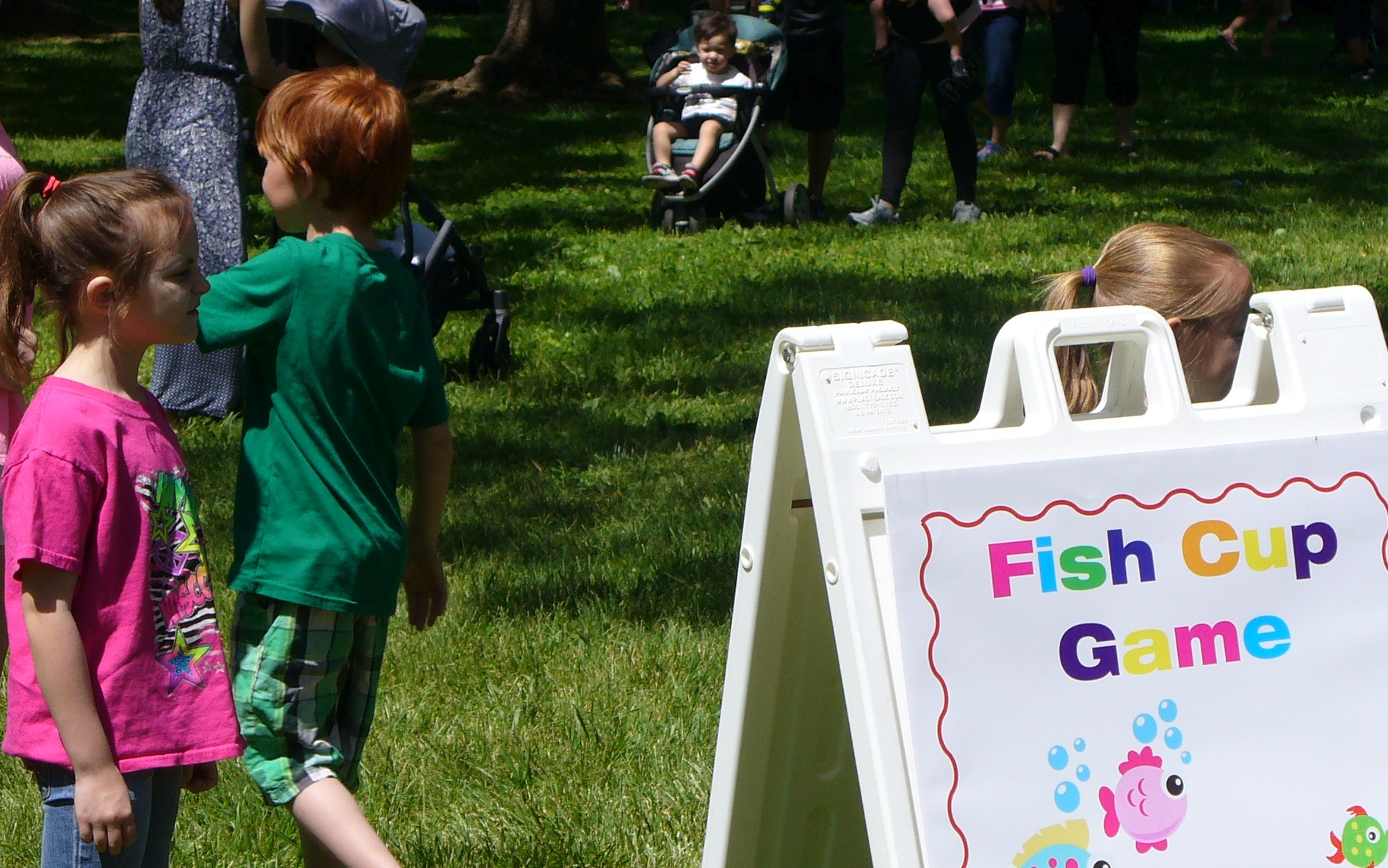 kids-day-20190427-78-fish-cup-game