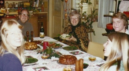 19771224-christmas-at-Piersons-Donna-and-the-rest