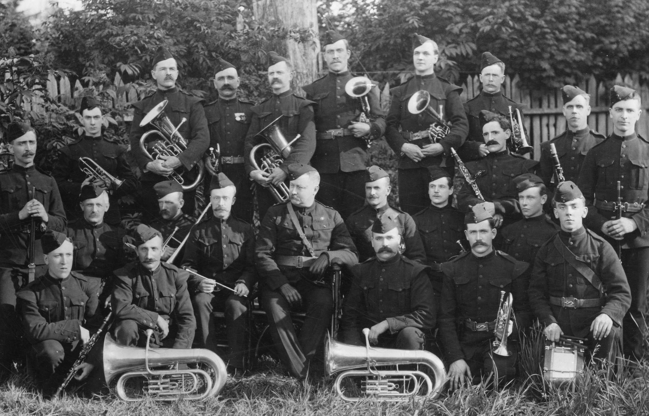 vancouver-sixth-regiment-band-1901-including-Edward