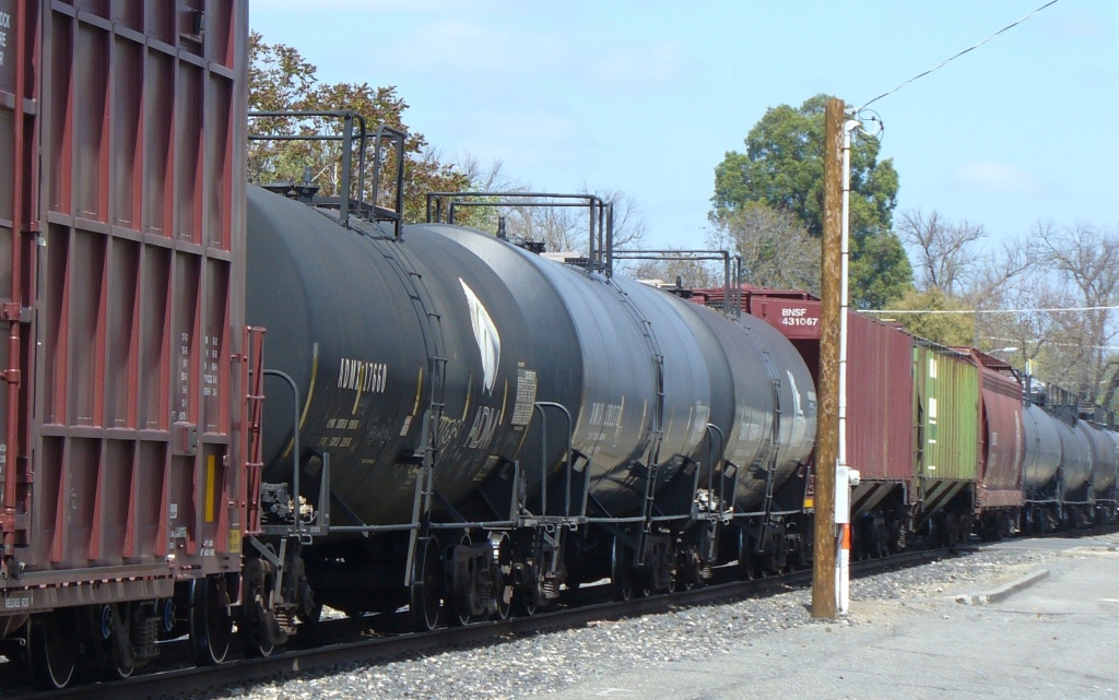 freight train going through midtown sacramento