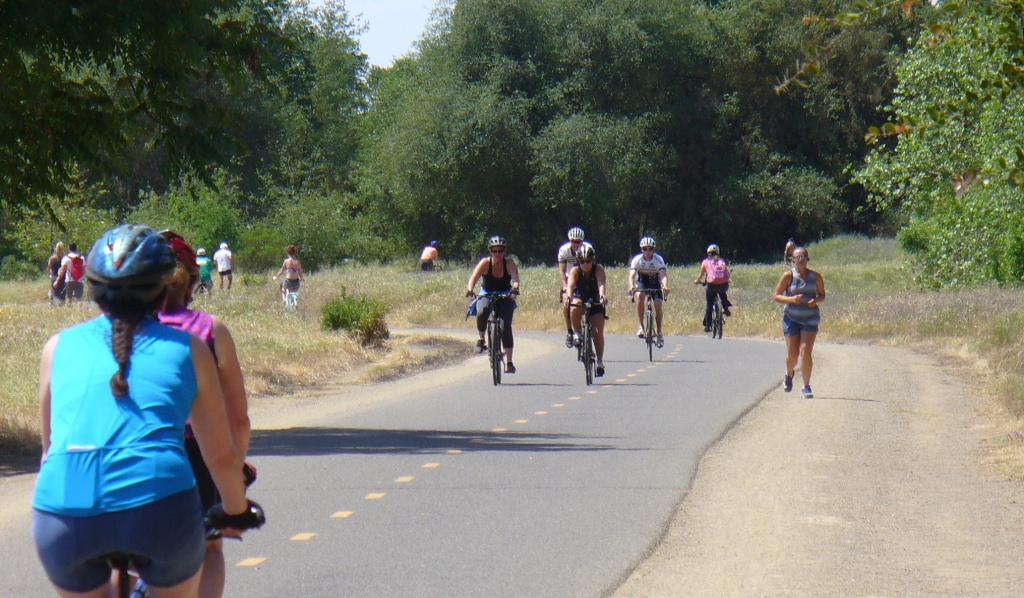 people on the bike trail Rancho Cordova area