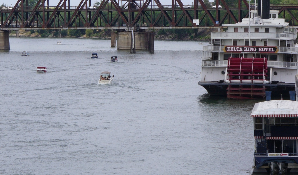 boats on Sacramento River