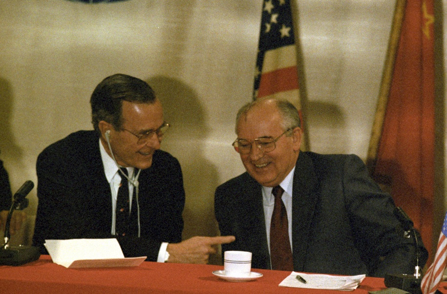 Bush and Gorbachev in Malta