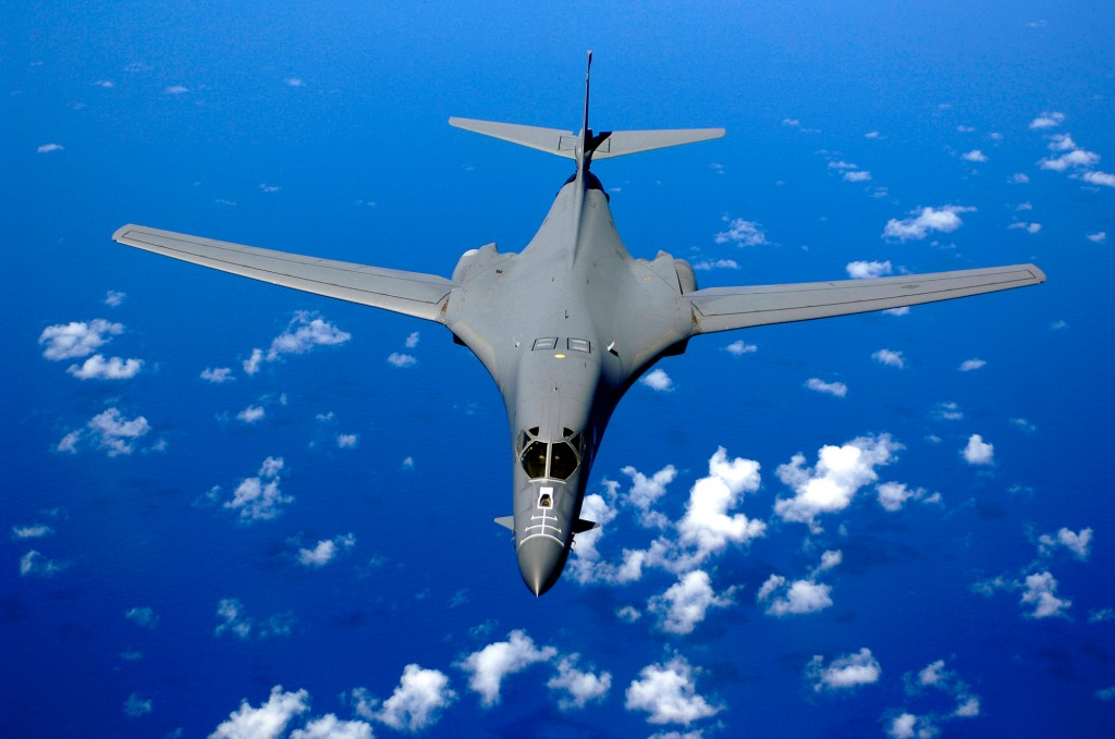 B-1B-bomber over pacific - USAF - public domain